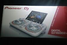 Brand New Pioneer DDJ-WeGO2 DJ Controller White + iPad Mini 2 16GB