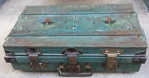 VNTG Cast Iron Trunk Painted Folk Art Travel Steamer Train Ocean Ship England