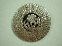 LOVELY ART DECO STERLING SILVER & MARCASITE DOMED BROOCH PIN WITH DAISY FLOWER