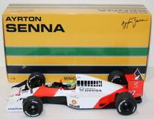 Voitures, camions et fourgons miniatures blancs MINICHAMPS pour McLaren
