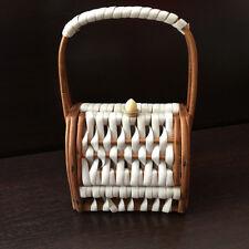 Small Basket Handbag Rattan Plastic Retro Pin-Up Design 60 Vintage Basket Weave