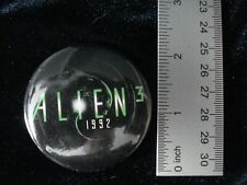 "ALIEN 3 button pin back 2"" Promotional Item 1992 Vintage"
