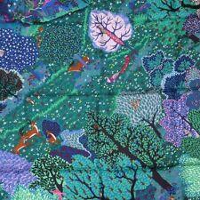 hermes silk dans un jardin anglais