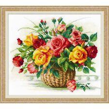 Riolis  1722  Panier avec des roses  Kit  Broderie  Point de Croix compté
