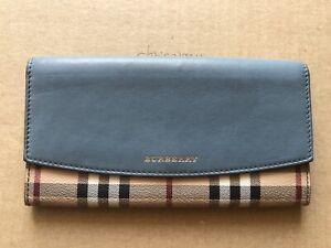 Authentic burberry Haymarket nova check Bifold Leather wallet