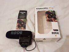 Rode VideoMic pro Shotgun Microphone avec Rycote suspension.