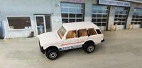 Vintage 1990 Hot Wheels RANGE ROVER - White 9738 Die-cast Toy SUV Car  #103