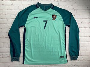 RARE Nike Authentic 2016 -2017 Green Portugal Ronaldo CR7 Jersey Size XL