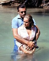 """SEAN CONNERY & URSULA ANDRESS ON THE BEACH SET OF """"DR. NO"""" - 8X10 PHOTO (BB-267)"""