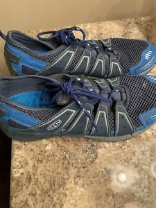 Keen Shoes Size 11.5