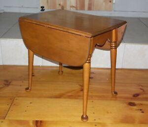 Vintage Baumritter (Ethan Allen) Nutmeg Solid Maple Drop Leaf Pembroke Table