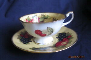 QUEEN'S ROSINA CHINA  ANTIQUE FRUIT SERIES CABINET TEA CUP AND SAUCER