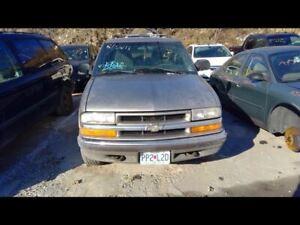 Front Bumper Chevrolet Chrome Fits 98-03 BLAZER S10/JIMMY S15 683545