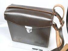 Leitz Leica M braunolivefarbene Hartledertasche kompakt mit Gurt ca. 60-er Jahre