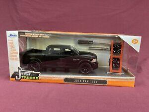 Jada Just Trucks 2014 RAM 1500 Diecast Satin Black w/Tire Rack + 4 Wheels NIB