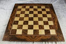Riesengroßes Schachbrett der Luxusklasse