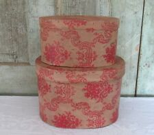 2 Stacking Ragon House BEAUTIFUL OVAL WALLPAPER HAT BOX Set Tan & Red Tole