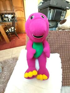 BARNEY THE DINEOSAUR TALKING,PLAYS GAMES SAYS I LOVE YOU,1996