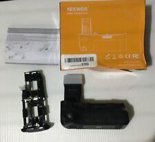 Neewer Battery Grip for Canon EOS  550D 600D 650D 700D