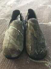 Men's Size 8–9 Realtree Camouflage Slippers New With Tag $36 Retail