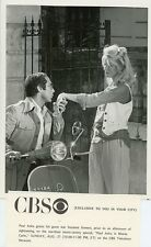 PAUL ANKA KISSES SUZANNE SOMERS HAND VESPA CYCLE MONTE CARLO 1978 CBS TV PHOTO