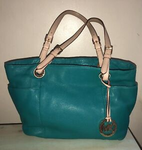 Michael Kors Jet Set Turquoise Leather tote bag With Charm