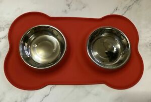 New Pet Dog Bowl Non-Skid Silicone Mat Feeder W Stainless Steel Bowls