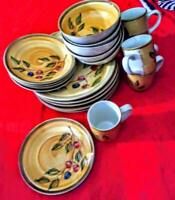 Everyday Gibson brown floral dinnerware set