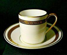 Tasse à café en porcelaine de Limoges Blanche et or Raynaud