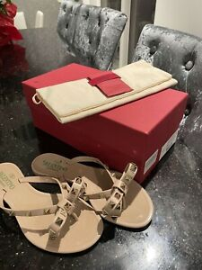 Authentic Valentino Rockstud Sandals Flip Flops Size 40/UK7 Colour: Poudre