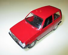 AUTOBIANCHI Y 10 y10 in ROSSO ROUGE ROSSO Roja Red, POLISTIL in 1:43 Boxed!