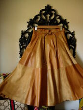 Ultra Rare Vintage GUCCI Couture Brown 1960's Leather Skirt GG - GORGEOUS !