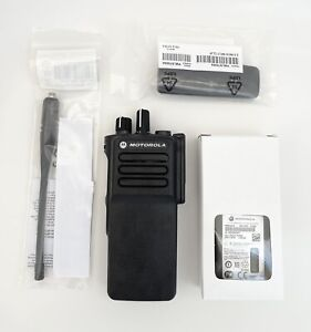 Motorola DP4400e UHF Radio NEW