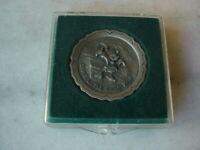 """Disney Miniature Pewter Plate """"Brave Little Tailor"""" 1938 Mickey Mouse 1.5/8"""""""