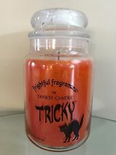New YANKEE Candle TRICKY 22 Oz JAR Candy Corn HALLOWEEN Rare AMAZING SCENT!