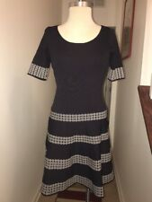 Ann Taylor Blue And White Pattern Dress size Medium