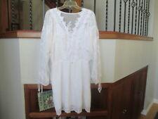 WHITE HOUSE BLACK MARKET WHITE LACE/ EMBROIDRED LONG POP SLEEVE DRESS, MEDIUM