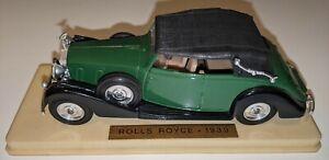 Modèle réduit 1/43 marque Solido Rolls royce soft top 1939