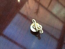 VINTAGE GOLD METAL SMALL PIN BADGE LAPEL PIN MUSICAL NOTE MUSICIANS PIN SMALL