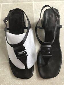 vintage 90's gucci thong G logo block heel sandals tom ford instagram Resort