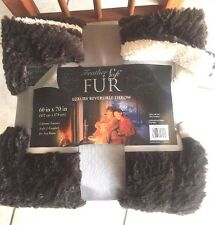 Luxurious Brown Feather Fur Reversible to Plush White Sherpa Throw Blanket *New*