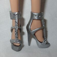 """SHOES ~ BARBIE BASIC DOLL """"THE LOOK"""" MODEL MUSE SILVER GLITTER SANDAL HIGH HEEL"""