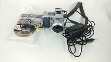 Minolta Dimage 7 Digital Camera with Lens and accessoires [Read description]