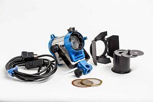 ARRI 150 Watt Tungsten Fresnel Light w/barndoors, snoot and 2 scrims ser# 5292