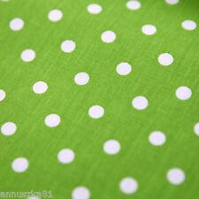 Baumwollstoff Baumwolle Punkte Dots Weiß 7mm Groß auf Grün Baumwolle Kinderstoff