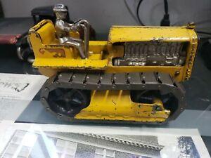 Arcade Cast Iron  Caterpillar 1:16 Scale Model from 1934!