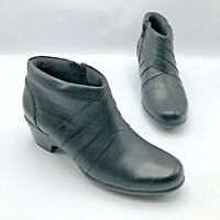 Clarks Malia Hue Women Black Leather Zip Ankle Boot Shoe Size 7M Pre Owned