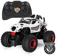 Monster Jam Official Grave Digger Remote Control Monster Truck 1:24 Scale 2.4GHz