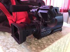 1x Sony HXR-MC2000E Camcorder FULL HD DSLR