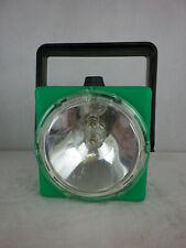 DDR Taschenlampe Campinglampe Nah- und Fernlicht grün  W1362